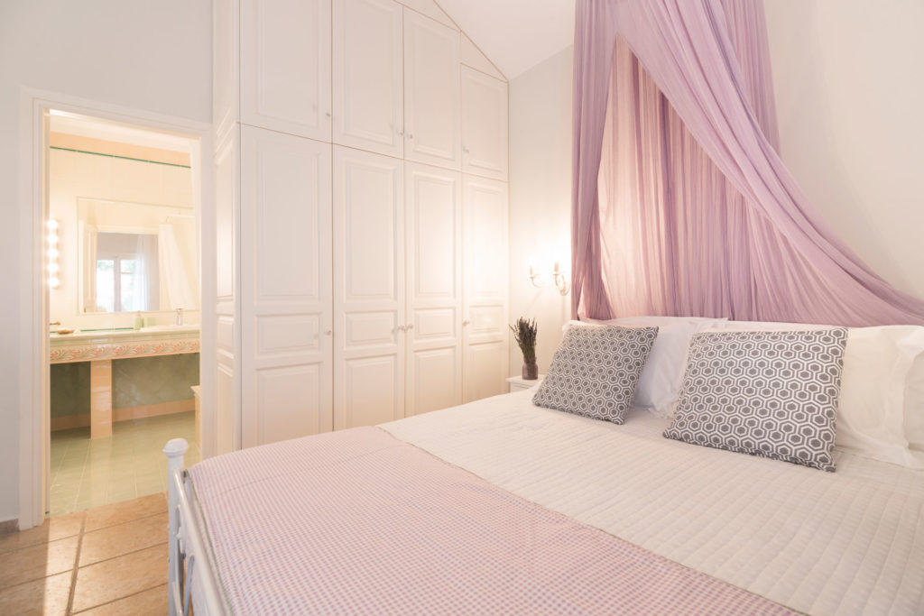 Melitta Bedroom